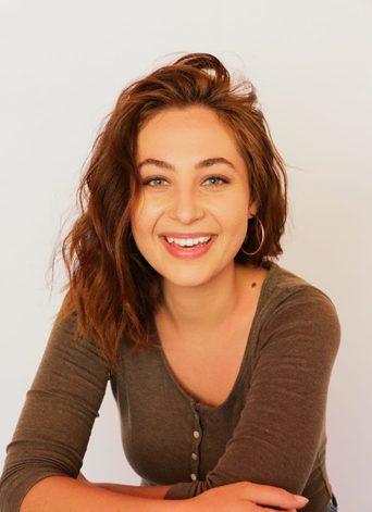 Carla Burg (Headshot 2)