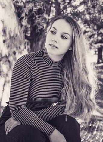 Charlize Barnard (3)
