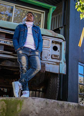 Kwazi Nsele (5)